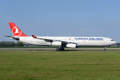 Turkish Airlines Airbus A340-311 TC-JDM (msn 115) AMS (Ton Jochems). Image: 933286.