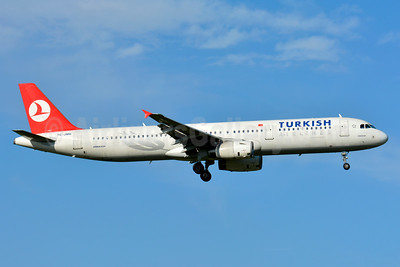 Turkish Airlines Airbus A321-231 TC-JMK (msn 3778) ZRH (Paul Bannwarth). Image: 931482.