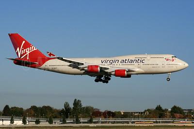 Virgin Atlantic Airways Boeing 747-4Q8 G-VHOT (msn 26326) LHR (SPA). Image: 933323.