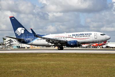 AeroMexico Boeing 737-752 WL XA-GOL (msn 35785) MIA (Bruce Drum). Image: 104828.