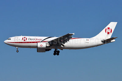AeroUnion (Mexico) Airbus A300B4-605R (F) XA-UYR (msn 643) LAX (Michael B. Ing). Image: 952328.