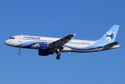 Interjet Airbus A320-214 XA-VTA (msn 1259) LAX (Michael B. Ing). Image: 948810.