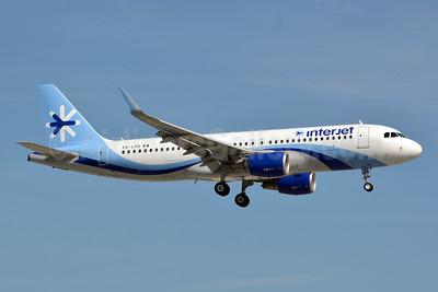 Interjet Airbus A320-214 WL XA-LHG (msn 5878) MIA (Jay Selman). Image: 403003.