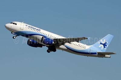 Interjet Airbus A320-214 XA-ALM (msn 1308) LAX (Jay Selman). Image: 403986.