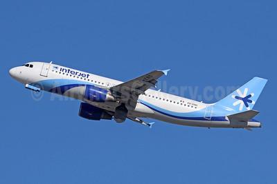 Interjet Airbus A320-214 XA-KNO (msn 2539) LAX (Michael B. Ing). Image: 936218.