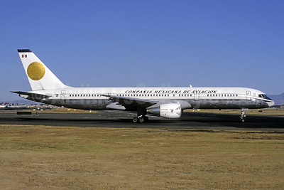 Mexicana's 2001 Boeing 757 retro jet