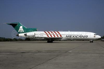 "Mexicana's 1997 ""Guadalajara Chivas"" special livery"