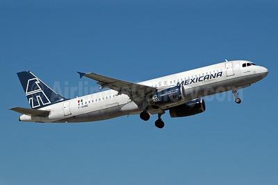 Mexicana Airbus A320-231 F-OHME (msn 252) MIA (Bruce Drum). Image: 100292.