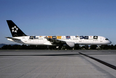 2000 version of the Star Alliance livery