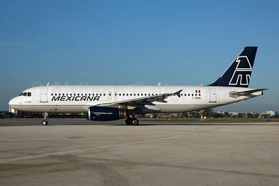 Mexicana Airbus A320-231 F-OHMK (msn 296) MIA (Bruce Drum). Image: 100440.