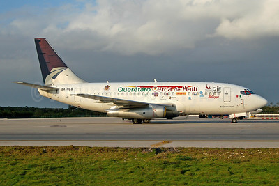 "2008 ""Querétaro Cerca de (close to) Haiti"" logo jet"