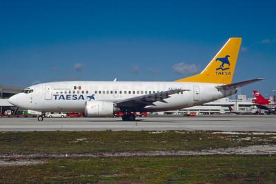 TAESA Boeing 737-5Y0 XA-SAC (msn 25192) MIA (Bruce Drum). Image: 103896.