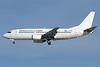 VivaAerobus (vivaaerobus.com) Boeing 737-3Q8 EI-EOZ (msn 24962) LAS (James Helbock). Image: 913851.