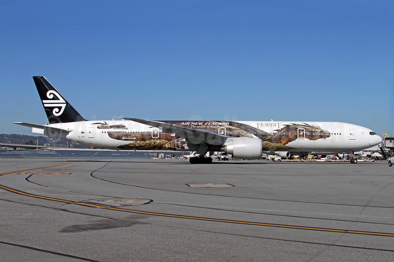 Air New Zealand Boeing 777-319 ER ZK-OKO (msn 38407) (Hobbit - Smaug) SFO (Mark Durbin). Image: 926561.