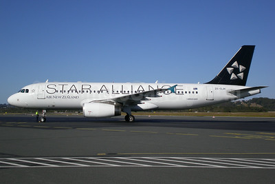 Air New Zealand Airbus A320-232 ZK-OJH (msn 2257) (Star Alliance) OOL (Christian Laugier). Image: 900335.