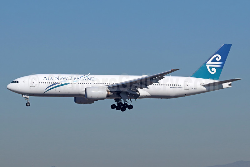 Air New Zealand Boeing 777-219 ER ZK-OKH (msn 34379) LAX (Michael B. Ing). Image: