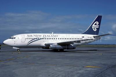 Air New Zealand Boeing 737-219 ZK-NAU (msn 23471) AKL (Rolf Wallner). Image: 924864.