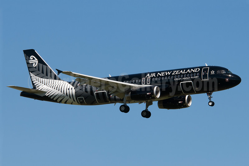 Air New Zealand Airbus A320-232 ZK-OAB (msn 4553) (All Blacks-Crazy about Rugby) AKL (Colin Hunter). Image: 905984.
