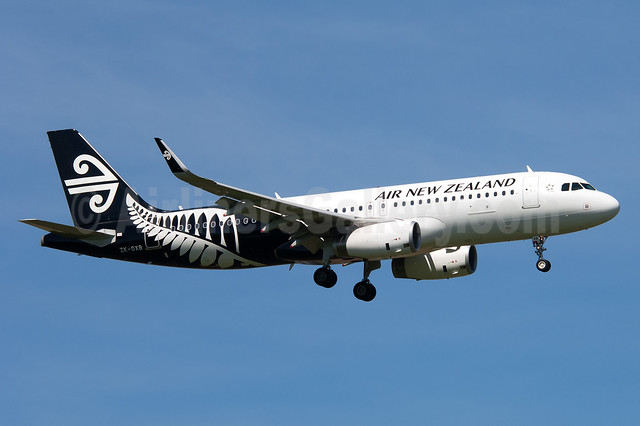 Air New Zealand Airbus A320-232 WL ZK-OXB (msn 5682) (Sharklets) AKL (Colin Hunter). Image: 913799.