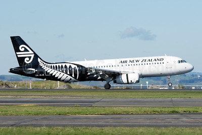 Air New Zealand Airbus A320-232 ZK-OJS (msn 4926) AKL (Colin Hunter). Image: 923806.