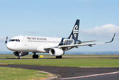 Air New Zealand Airbus A320-232 WL ZK-OXE (msn 5993) (Sharklets) AKL (Colin Hunter). Image: 923807.