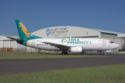 Toll Priority (Toll Group) (Airwork) Boeing 737-3B7 (SF) ZK-TLA (msn 23383) BNE (Peter Gates). Image: 908109.