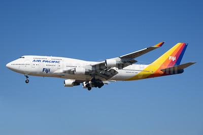 Air Pacific (2nd) (Fiji) Boeing 747-412 DQ-FJK (msn 24064) LAX (Ton Jochems). Image: 921038.