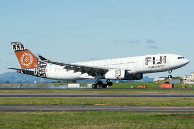 Fiji Airways (2nd) Airbus A330-243 DQ-FJV (msn 1465) AKL (Colin Hunter). Image: 923791.