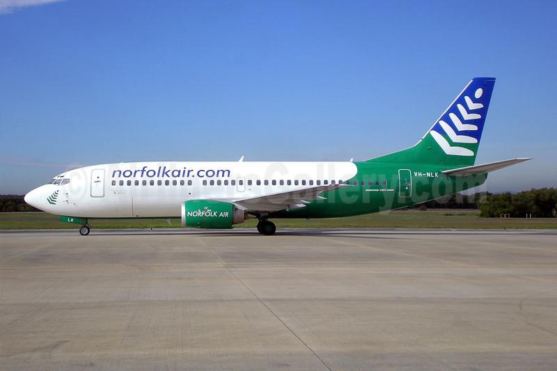 Norfolk Air (norfolkair.com) (Our Airline) Boeing 737-33A VH-NLK (msn 23635) BNE (Christian Laugier). Image: 903581.
