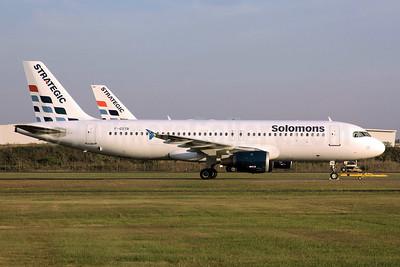 Solomons (Solomon Airlines) (Strategic Airlines France) Airbus A320-211 F-GSTR (msn 436) (Strategic colors) BNE (Peter Gates). Image: 904322.