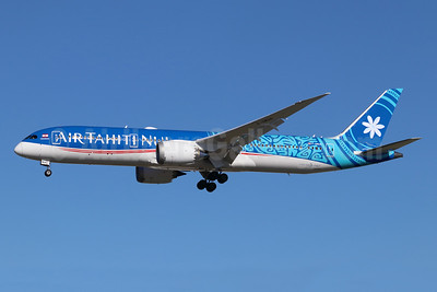 Air Tahiti Nui Boeing 787-9 Dreamliner F-OMUA (msn 39297) LAX (Michael B. Ing). Image: 945003.