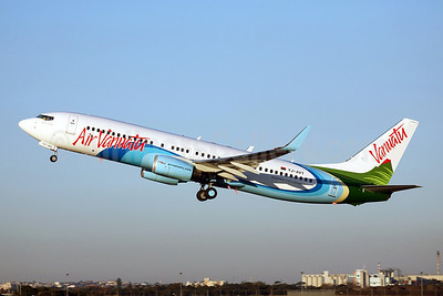 Air Vanuatu takes delivery of a new Boeing 737-800 from ALC