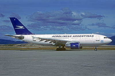 Aerolineas Argentinas Airbus A310-325 LV-AIV (msn 640) USH (Christian Volpati Collection). Image: 935534.