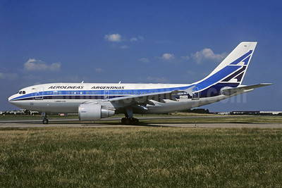 Aerolineas Argentinas Airbus A310-324 N817PA (F-OGYQ) (msn 453) ORY (Jacques Guillem). Image: 935532.