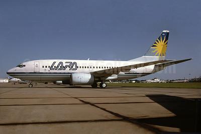 LAPA (Líneas Aéreas Privadas Argentinas) Boeing 737-7Q8 LV-ZRM (msn 28224) AEP (Bruce Drum). Image: 104420.