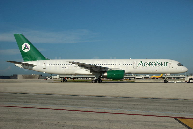 AeroSur (Bolivia) (Ryan International Airlines) Boeing 757-28A N753NA (msn 24544) MIA (Bruce Drum). Image: 100484.