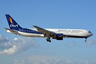 Boliviana de Aviacion-BoA Boeing 767-33A ER CP-2880 (msn 27376) MIA (Jay Selman). Image: 402716.