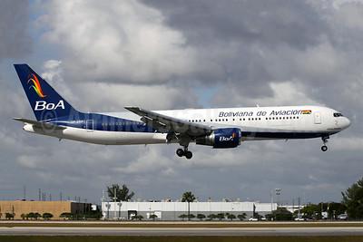 Boliviana de Aviacion-BoA Boeing 767-33A ER CP-2881 (msn 27377) MIA (Antony J. Best). Image: 948610.