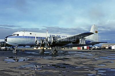 Fri Reyes Douglas C-54D-DC (DC-4) CP-1207 (msn 10790) LPB (Christian Volpati). Image: 951650.