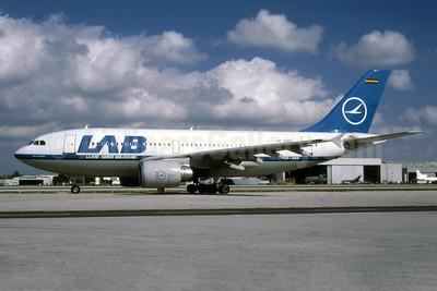 Lloyd Aereo Boliviano-LAB Airbus A310-304 CP-2307 (msn 661) MIA (Bruce Drum). Image: 103232.
