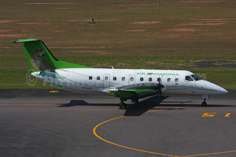 Air Amazonia Embraer EMB-120RT Brasilia PT-SLD (msn 120147) (Jaguar) MAO (Marcelo F. De Biasi). Image: 925873.