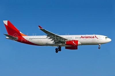 Avianca (Brazil) (OceanAir Linhas Aereas) Airbus A330-243 PR-OCK (msn 1508) GRU (Rodrigo Cozzato). Image: 940071.