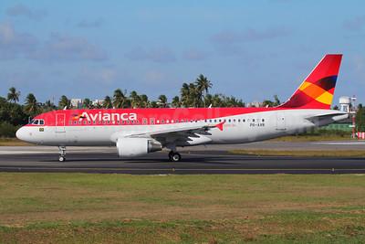 Avianca (Brazil) (OceanAir Linhas Aereas) Airbus A320-214 PR-AVR (msn 4941) SSA (Marcelo F. De Biasi). Image: 907724.