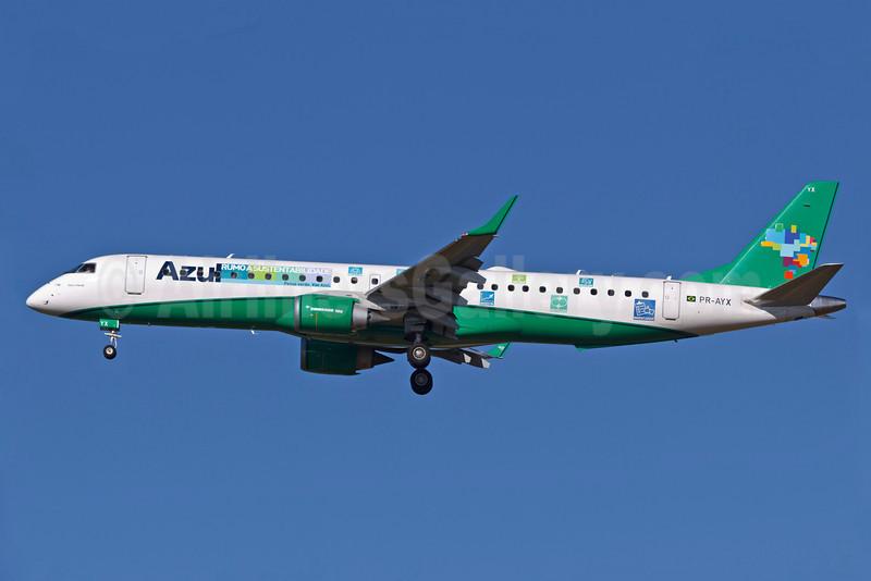 Azul Linhas Aereas Brasileiras Embraer ERJ 190-200 IGW (ERJ 195) PR-AYX (msn 19000471) (Azul e Verde) VCP (Rodrigo Cozzato). Image: 911354.