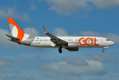 Gol Transportes Aereos Boeing 737-8 MAX 8 PR-XMA (msn 43986) MIA (Tony Storck). Image: 945286.