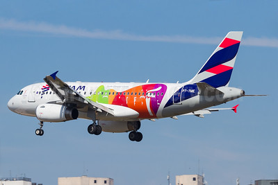"LATAM's ""Rio 2016 Olympic Torch"" special livery"
