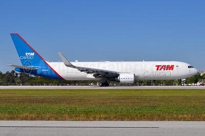 TAM Cargo Boeing 767-316F ER WL PR-ACO (msn 35817) MIA (Tony Storck). Image: 941399.