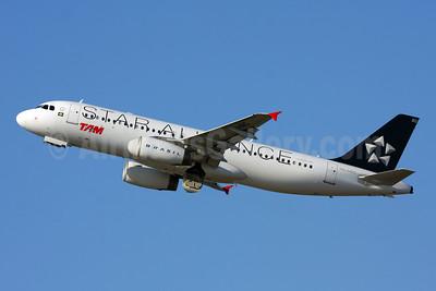 TAM Brasil (TAM Linhas Aereas) Airbus A320-232 PR-MBO (msn 3156) (Star Alliance) GRU (Marcelo F. De Biasi). Image: 905279.