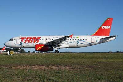 TAM Brasil (TAM Linhas Aereas) Airbus A320-232 PR-MAS (msn 2372) (Orgulho de Ser Brasileira - Cirque du Soleil) FLN (AirSpeed). Image: 904839.
