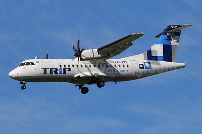 TRIP Linhas Aereas ATR 42-500 PR-TKF (msn 579) GRU (Marcelo F. De Biasi). Image: 909702.